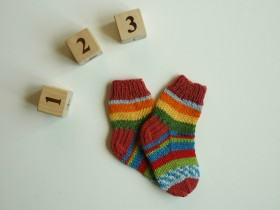 colorful_baby_socks