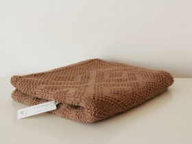 hand_knitted_brown_blanket