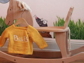 B_&_B_knitted_baby_sweater